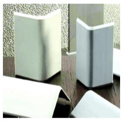 Profili e pannelli in polisocianurato per condotte